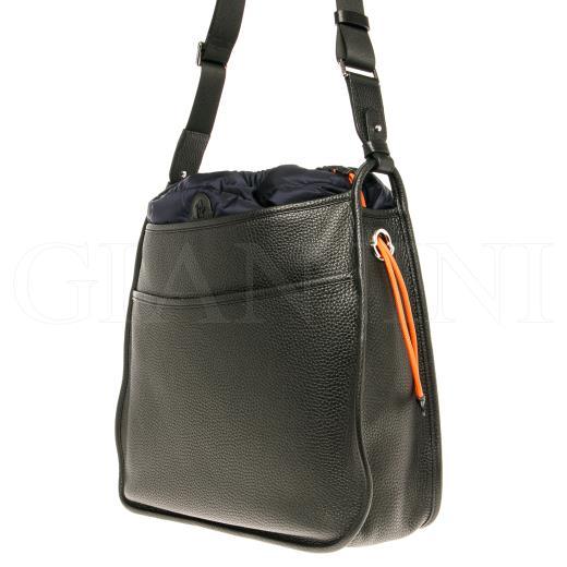 moncler in borsa