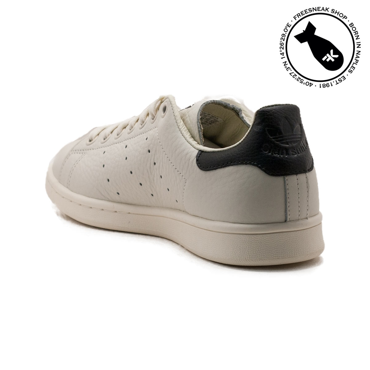 official photos 30a42 c9fec Sneakers Adidas Stan Smith Off White Black B37897 | Freesneak
